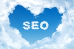 A cloud in a heart shape with the initials SEO in the middle